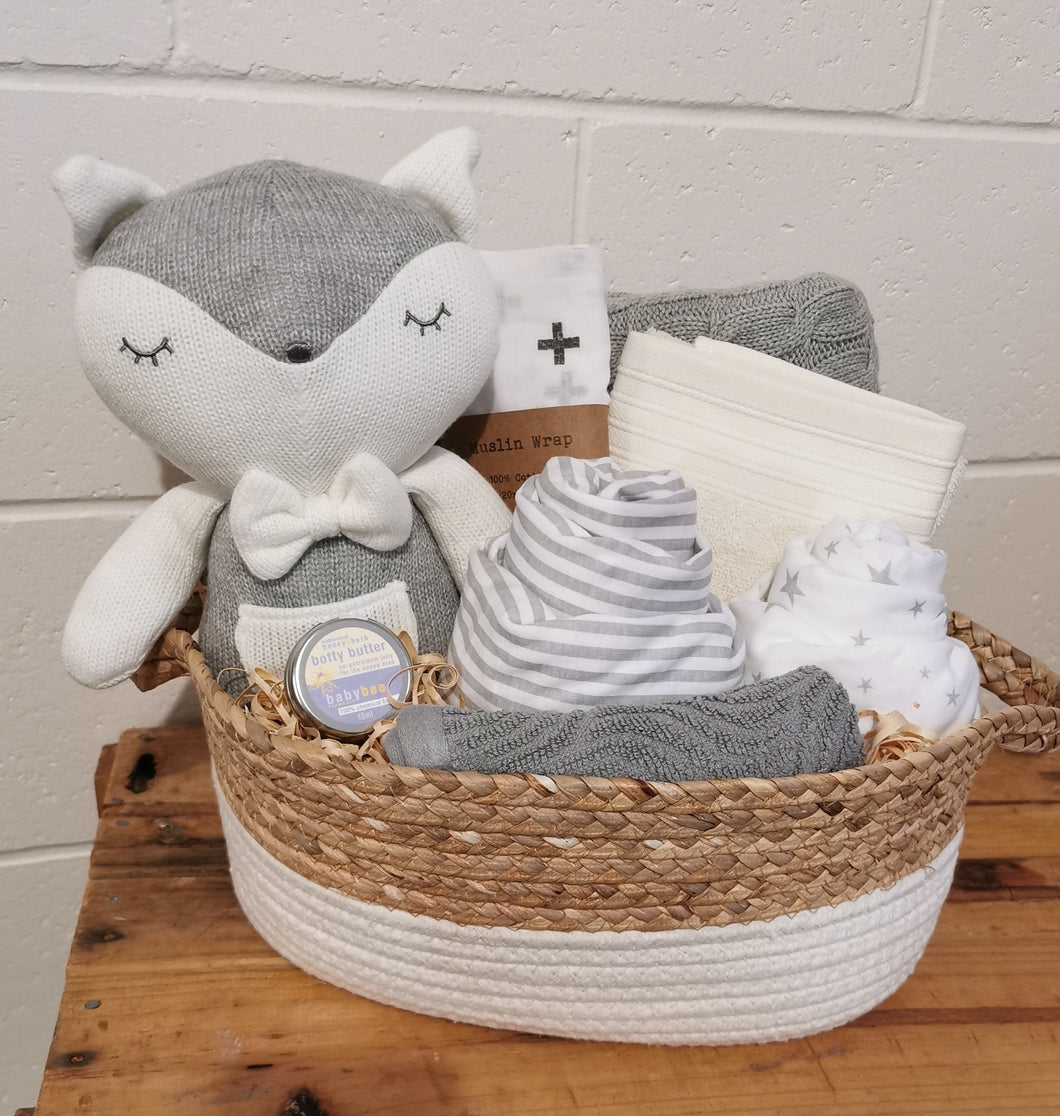 Knitted Fox Unisex Hamper