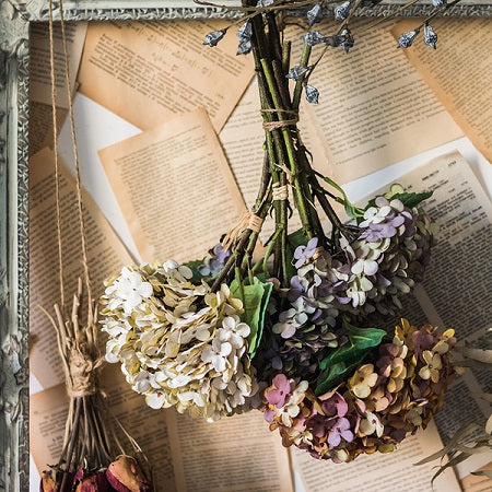 How to Decorate & Use Artificial Flowers
