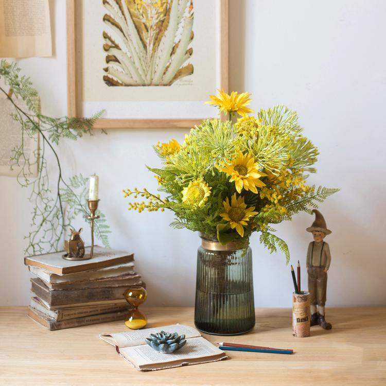 Brighten Up Your Home Using Sunflowers