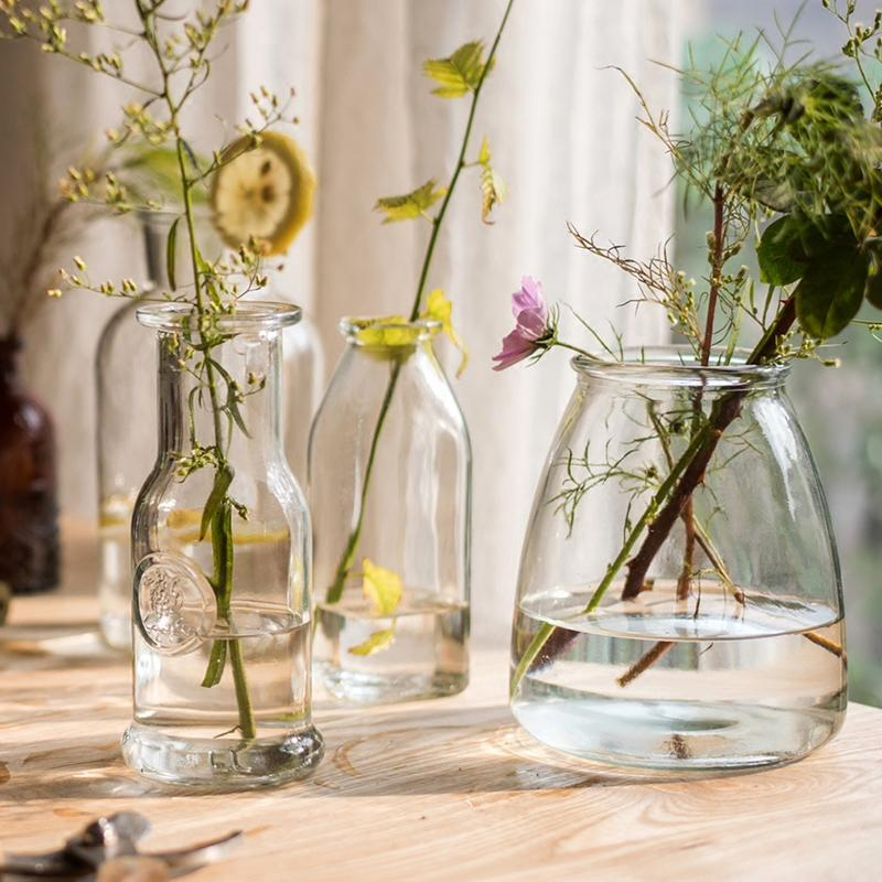 How to Incorporate Hand-Blown Glass Vases into Your Home
