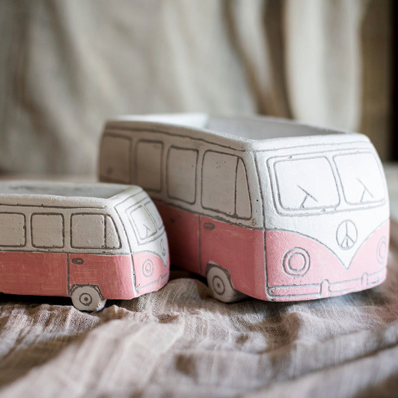 Girls Desktop Bus Planter