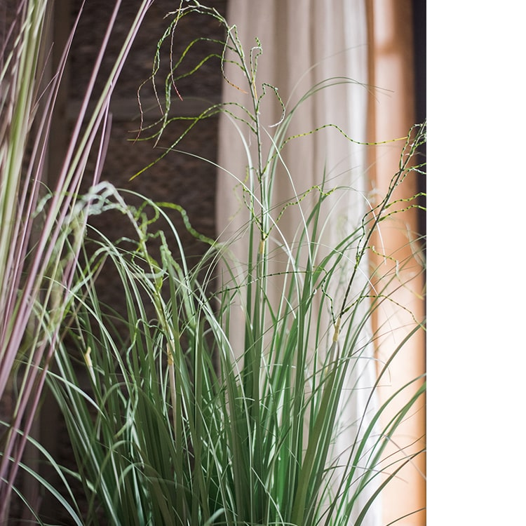 "Potted Plant Artificial Onion Grass 43"" Tall"