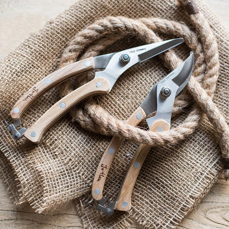 Rustic Style Pruning Shears and Tools RusticReach