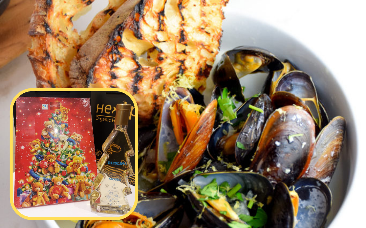 Christmas Promotion - Mussels in white wine sauce with garlic butter toasts
