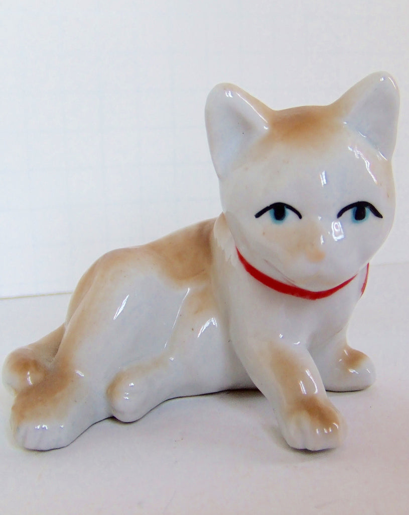 Tan Kitty with a Bright Red Bowtie, Vintage Porcelain