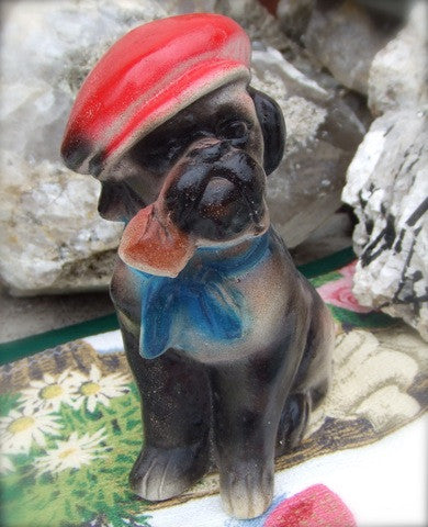 A Pipe-Smoking Bulldog Chalk, Carnival Prize