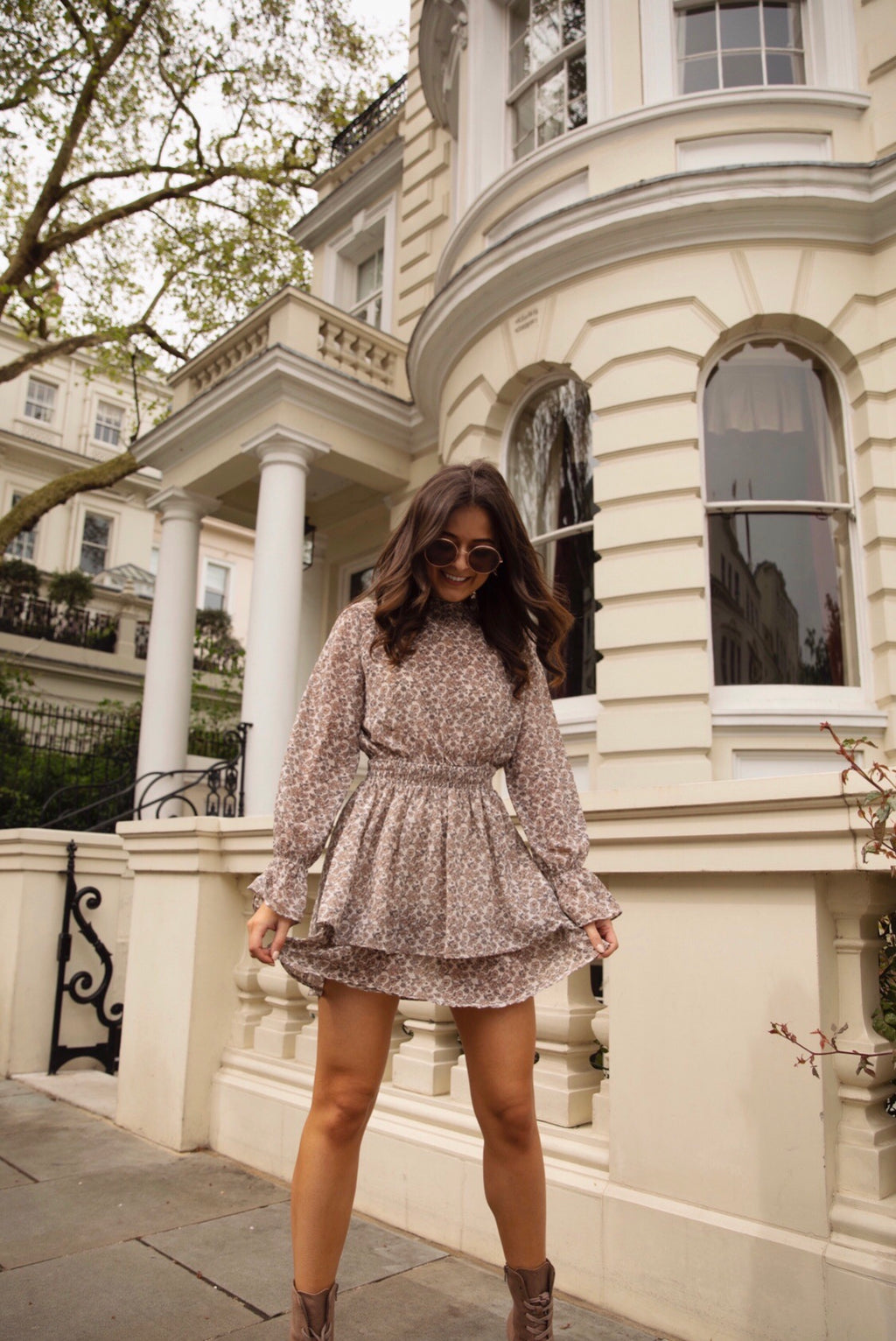 Daisy patterned Mini Dress