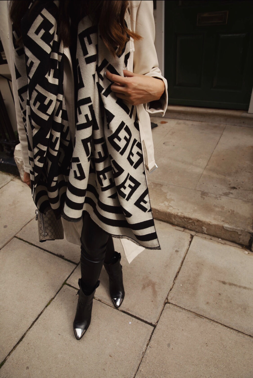 *PRE ORDER 7 DAY DISPATCH* Maya Luxe printed scarf