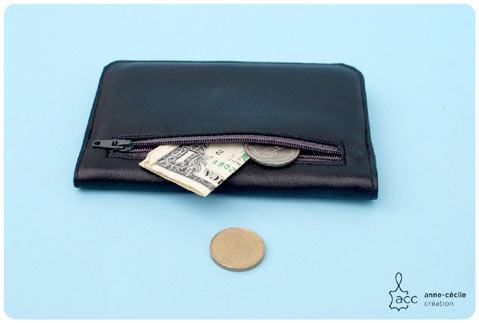the man black leather wallet