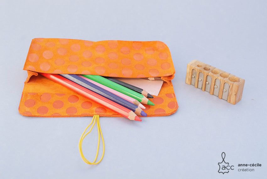 trousse scolaire orange