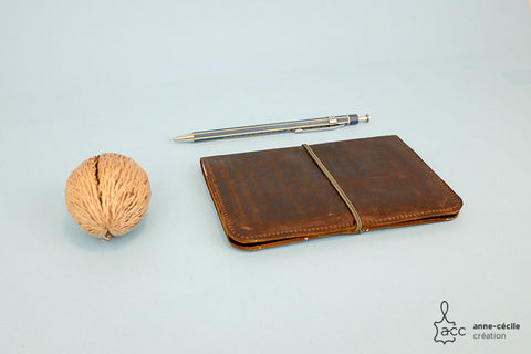 Handmade brown leather wallet 100% made in France