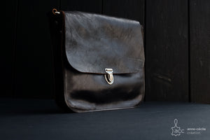 Brown leather handbag - ProductImage-14325560737892