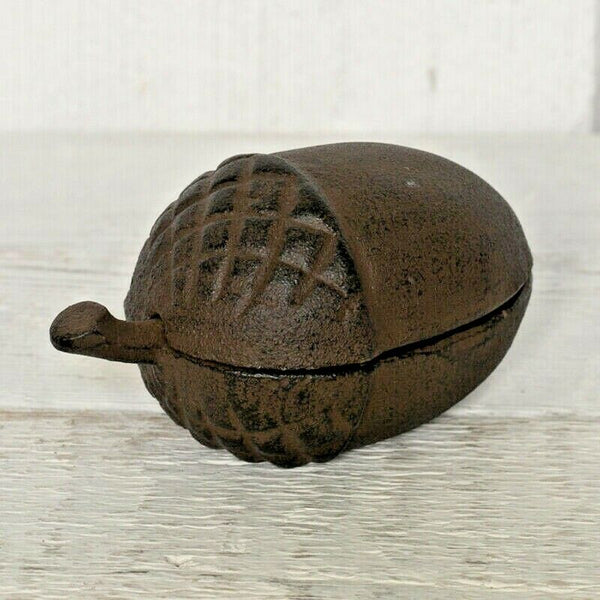 Rustic Style Cast Iron Metal Acorn Key Storage