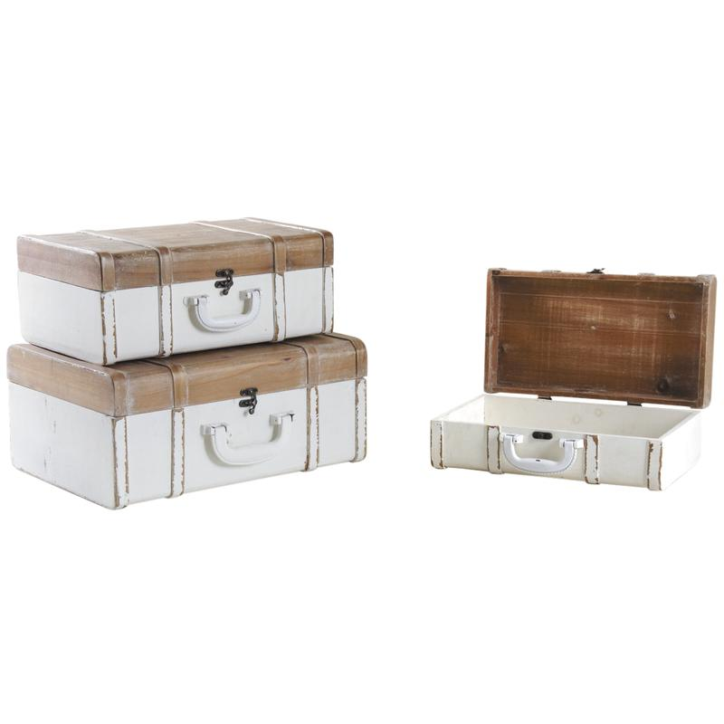 Set Of Three Rustic Style Trunks