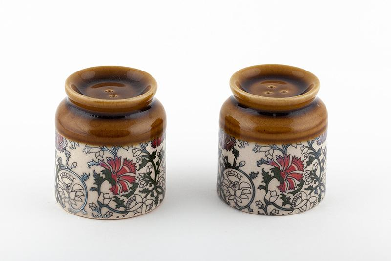 Salt and Pepper Shaker - The Emperor's Lane