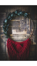 Load image into Gallery viewer, Macrame Holiday Wreath