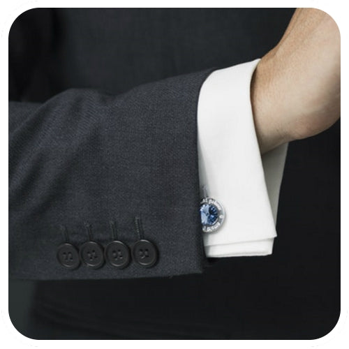 Cufflink on double French cuff shirt