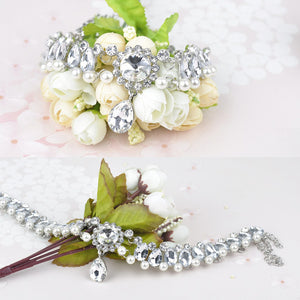 Simulated Pearl and Rhinestone Necklace