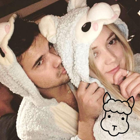 Celebrity Spotting: Billie Lourd and Taylor Lautner In Our Cute Alpaca Kigurumi