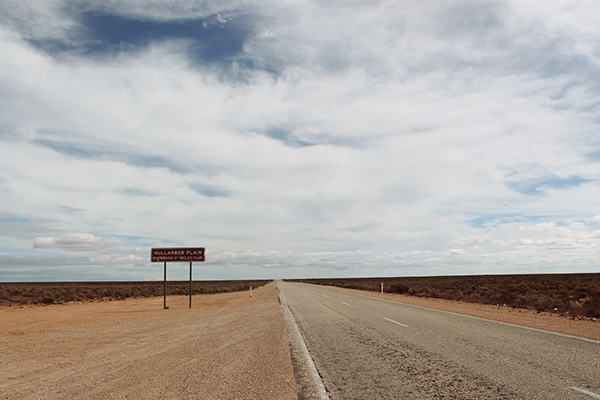 Eastern end of the treeless plain, Nullarbor