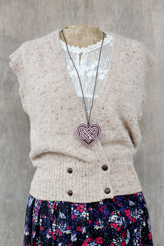 Light Pink (Sweetheart leather necklace)