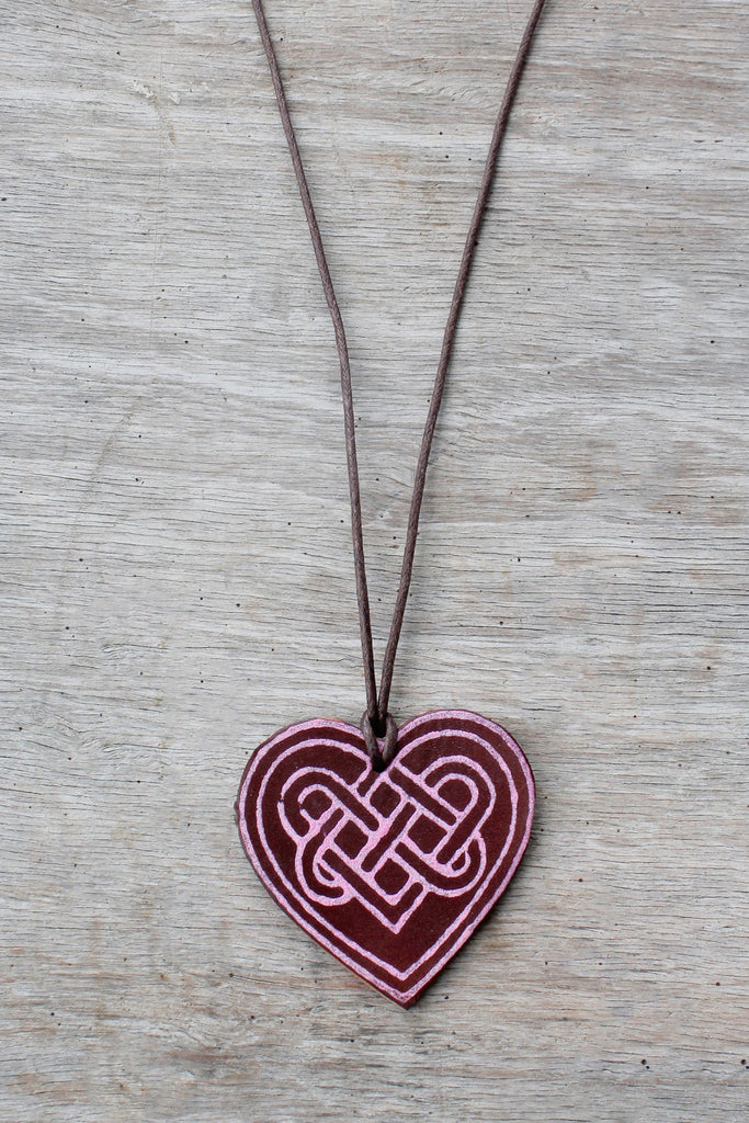 Rose Pink (Sweetheart leather necklace)