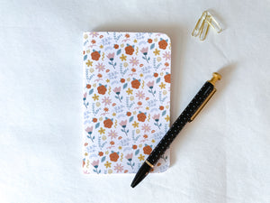 Load image into Gallery viewer, Floral Pattern Pocket Notebook