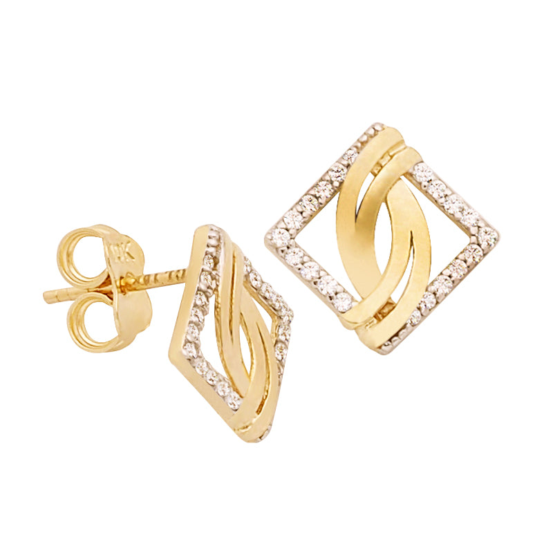 18K Saudi Gold Fancy with Diamond Cut Stud Earrings