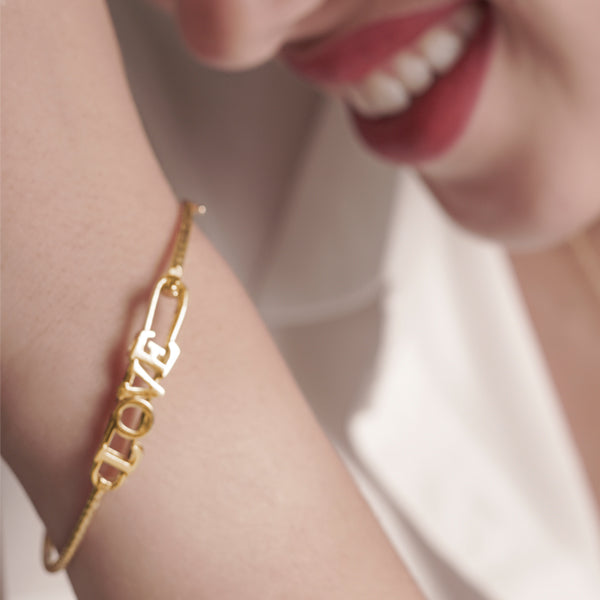 18K Saudi Gold Serendipity Bangle Bracelet