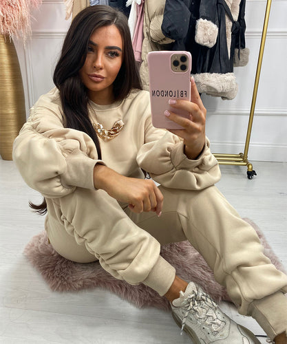 Ruched Chain Jogger Set In Stone