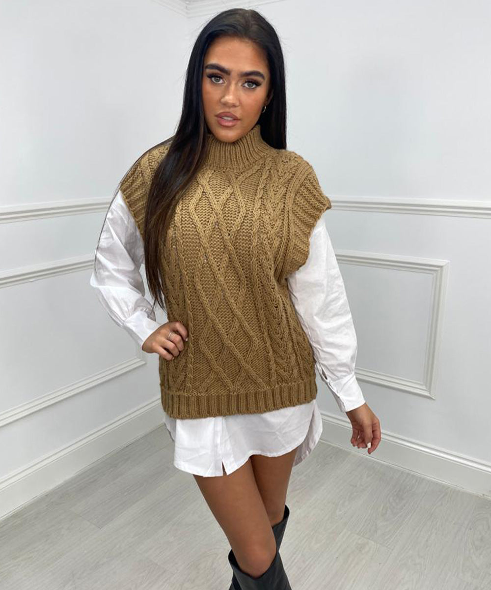 Knitted Sweater Vest - Tan