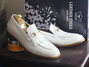 shoes casual White dress shoes casual dress shoes white slippers shoes dress two tone shoes fringe shoes leather shoes Wedding shoes Party shoes Slipper shoes out fit Dress Shoes boots shoe Slip owns  Two tone shoes Leather And suede shoes Men's Dress Shoes Handmade shoes Leather Loafers slippers Shoes