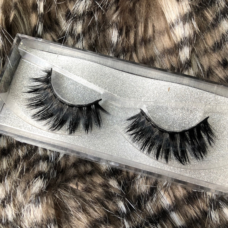 Tangie by Thrifty Lashes | 25mm Faux Mink eyelash | Handmade Cruelty free lashes