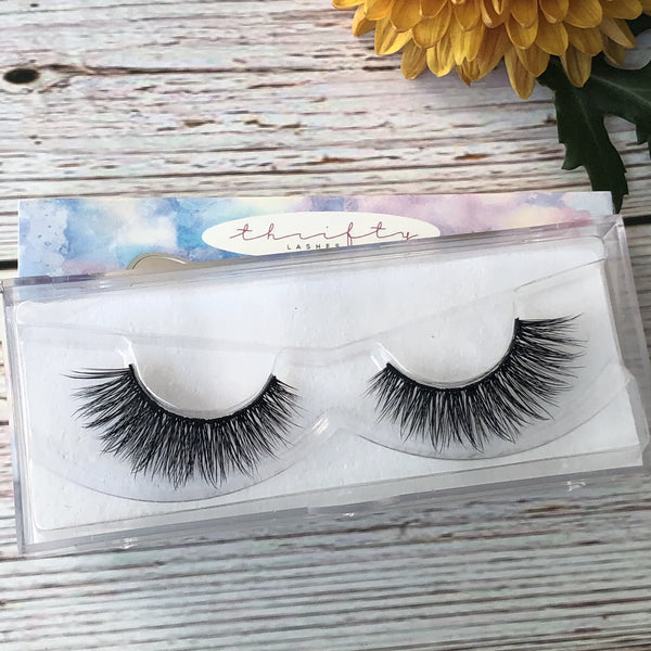 Catty by Thrifty Lashes | Fake eyelashes | False eyelashes | cruelty free fake lashes