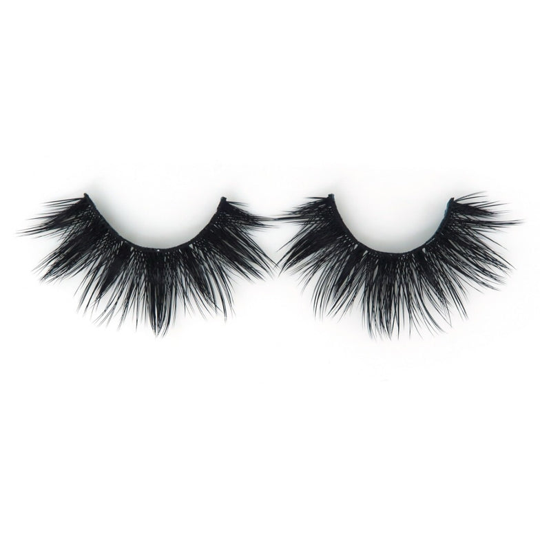 Peridot 3D silk fake eyelash by Thrifty Lashes | handmade | cruelty free
