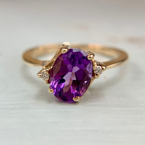 Amethyst and Diamond Ring 10k