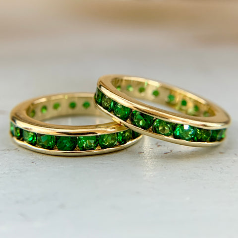 Tsavorite Garnet Eternity Band 18k