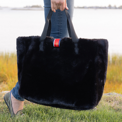 Pretty Rugged Faux Fur Oversized Tote (Black)