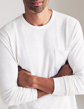 Load image into Gallery viewer, Faherty Long Sleeve Sunwashed Pocket Tee (White)