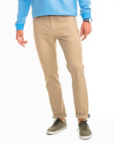 Southern Tide Men's Intercoastal Pant in Sandstone Khaki