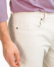 Load image into Gallery viewer, Southern Tide Men's Intercoastal Pant in Stone