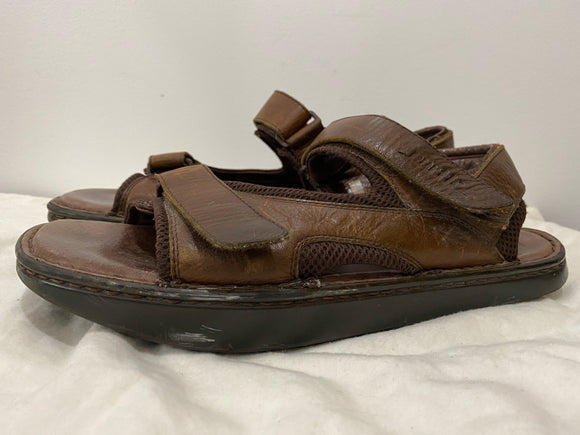 Men's Earth Navigator 2 Size 13 sandals