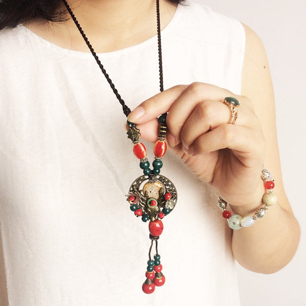 Red Casual Vintage Necklaces