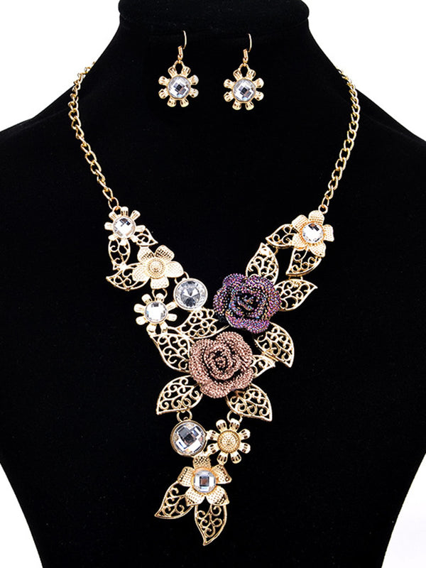 Golden Flower Elegant Necklace