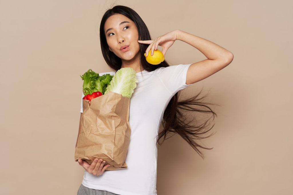 buying healthy food_diet and mental health_ecosprout