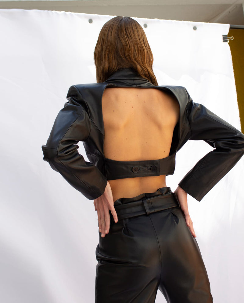 BACKLESS CROP LEATHER BLAZER