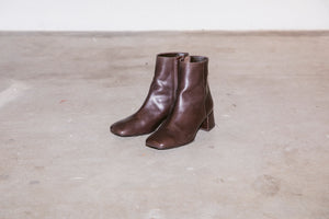 #057 SQUARE TOE SHORT BOOTS
