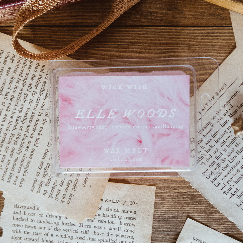 Elle Woods | Strawberry Cake. Coconut Cream. Vanilla Icing. | Wax Melt