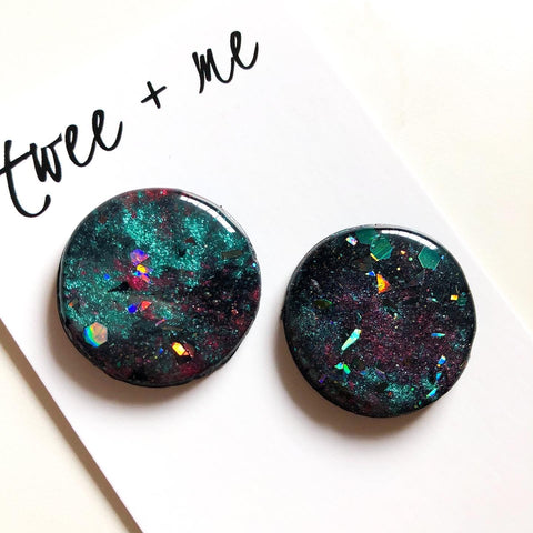 RESIN TOPPED GALAXY STUDS
