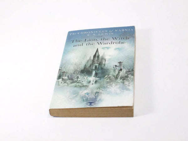 The Chronicles of Narnia Book 2   The Lion, the Witch and the Wardrobe   Paperback  Adventure/Fantasy
